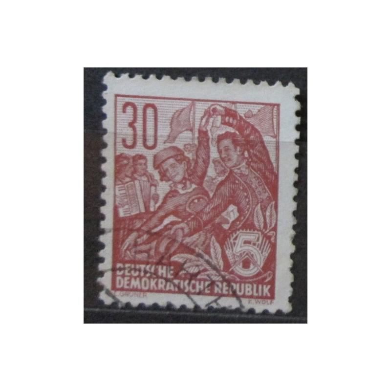 Známka DDR 30