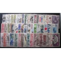Československo 50 kusů poštovních známek 20_04