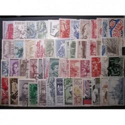 Československo 50 kusů poštovních známek 20_09